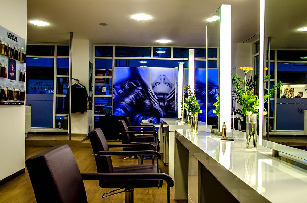 friseur koln kurz oder lang moderne m nnliche und weibliche haarschnitte und haarf rbungen. Black Bedroom Furniture Sets. Home Design Ideas